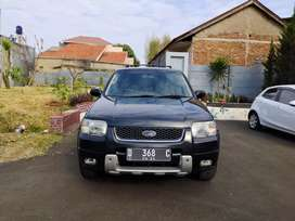 Ford Escape 2.3 XLT Matic 2006(D)Hitam istimewa