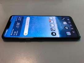 4 months old flagship killer - LG G7 Thinq (black)