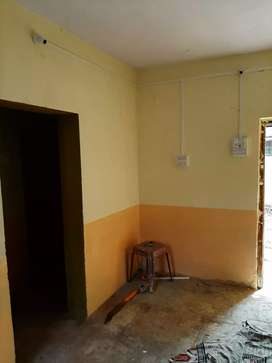 For rent separate  banglow 5k rent monthly  for bachelor  or family