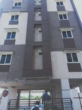 2bhk deluxe flats ready to occupy at p.m  palem near madhurawada