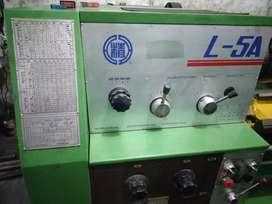 Mesin bubut L5A