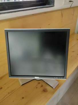 DELL 19 INCH SQR LCD LINK NEW CONDITION