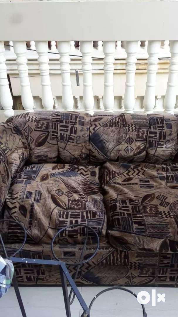 Sofa luxurious 0