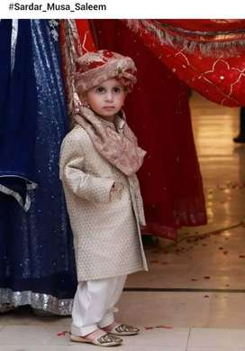 Boy age 2se 3 sal sharvine golden colour one time used only