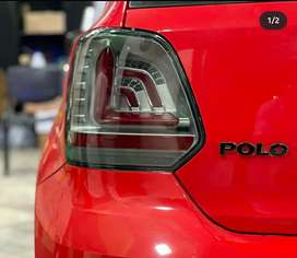 Polo tail light