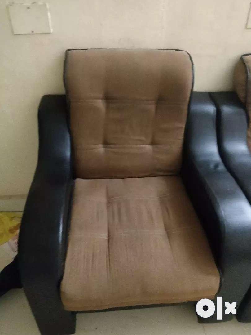 3+2 sofa set 0