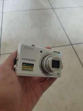 Dijual Murah lagi BU kamera Digital Nikon Coolpix S6200,Bisa Nego