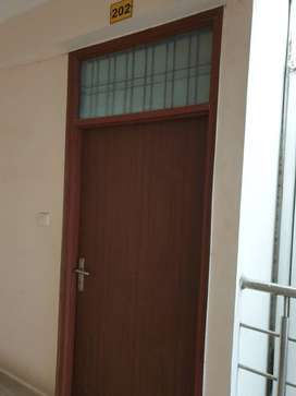 2 BHK Semifurnished flat is availble for sale