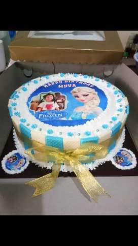 Edible cake momments