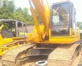 Jual Alat Berat Excavator Komatsu model PC200-8 tahun 2012