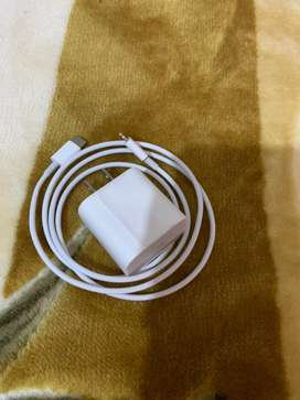 Iphone 11 pro orignal fast charger cable