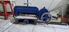 Mesin potong kertas manual kapasitas 1 rim