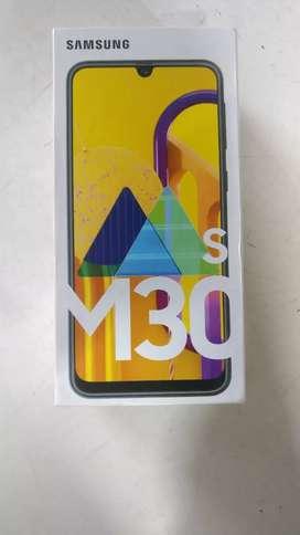 Samsung m30s 6gb ram 128gb storage