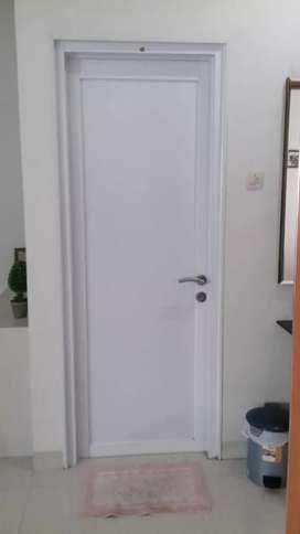 Pintu kamar mandi full alumunium