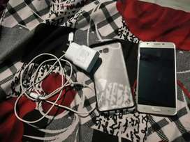 Samsung mobile koi problem nhi h