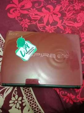 Netbook Acer Aspire One D257