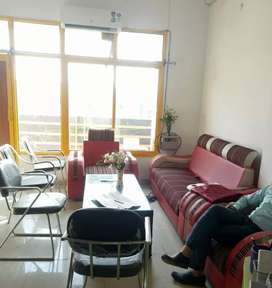 Fully furnished Office in vibhav khand, Gomti Nagar near Burgar Point.