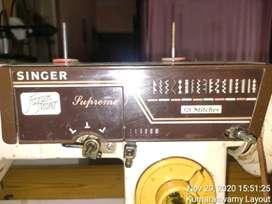 Singer supreme fashion maker sewing machine