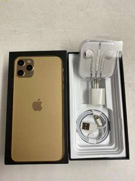 All Iphone refurbished  with accessories & 1year seller warranty