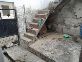 130 gaz house in sikandra.