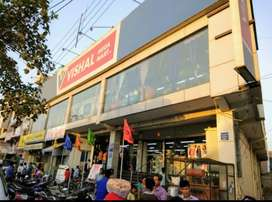 New job male and female candidate in shopping Moll
