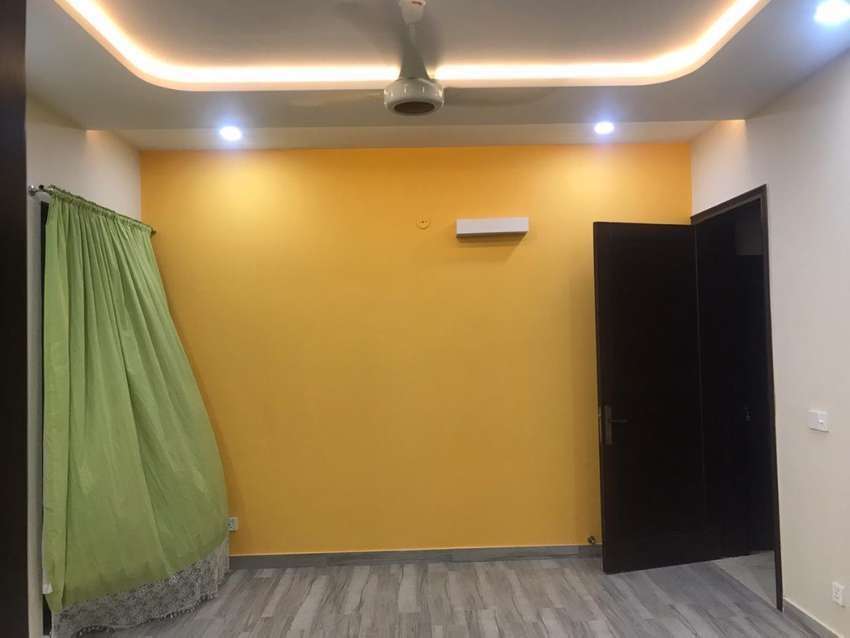 220 Square Feet Room Ideally Situated In Dha Defence 0