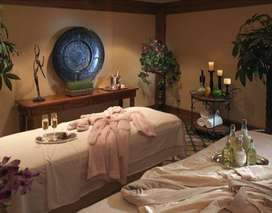 Need MALE-FEMALES for SPA Treatments P-F time