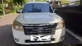Dijual Cepat Ford Everest XLT 4x2 A/T