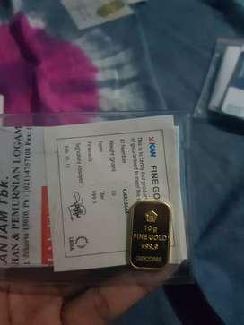 Logam mulia emas batangan Antam 10 gram