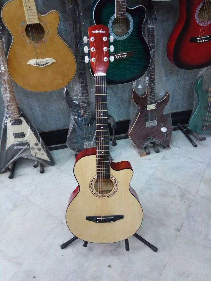 guitar brand new (wood) 38 inches 0