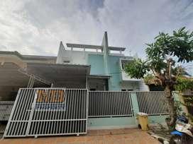 Disewakan Rumah 2 Lantai di Anggrek Loka BSD