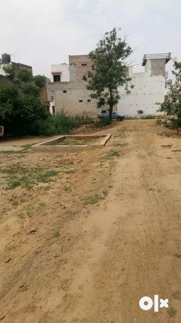 plot is very poshe area near deffence colony sohna 0