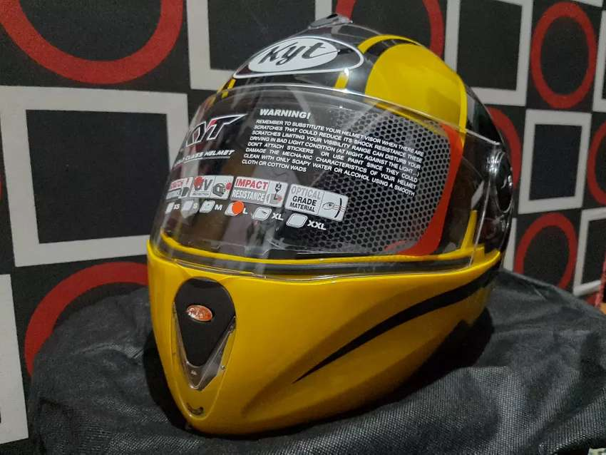 Helm KYT X-Rocket 0