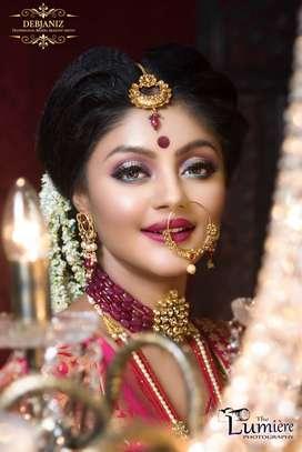DEBJANIZ - Professional Bridal Makeup Artist