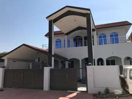 Lovely and luxyrious house for sale gulshanabad sector 3