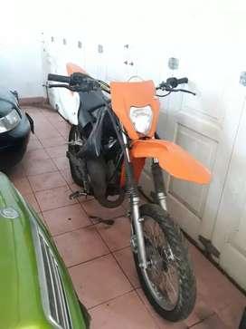 dijual satria 2tak modifikasi motocross / trail body ktm