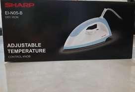 Setrika Sharp EI-N05-B