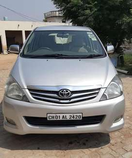 First Owner 85000 kms,scratch less Toyota Innova