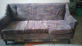 Sofa with centere table +2seater