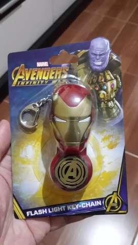 Gantungan kunci LED Iron Man MISB (segel baru)