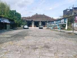 (RT) Ruko berlahan sangat luas di pinggir Jl.Gedong Kuning, Bantul