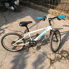 Kids cycle in excellent condition