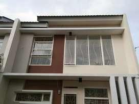 Disewakan rumah 2 Lantai Makassar