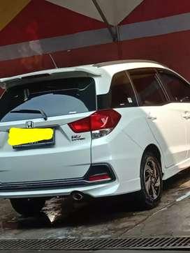 Honda Mobilio RS putih pearl mulus