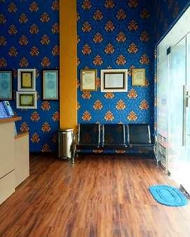 Hiasi dinding ruangan penting anda dengan Wallpaper berkualitas kami