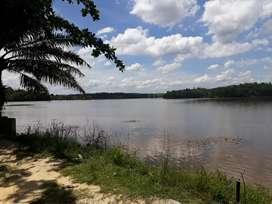 Tanah 1hektar  View Danau, cocok untuk Villa.