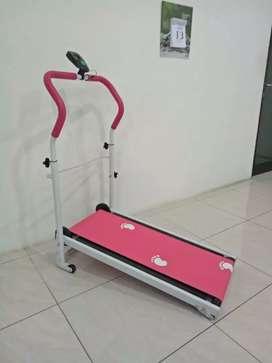 TL.001 Treadmill manual slim body design