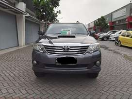 Toyota fortuner 2.5 VNT Turbo diesel AT abu2 thn 2013