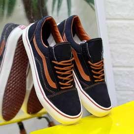 Vans OS black tan