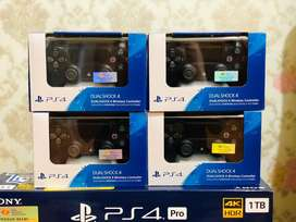 Stik PS4 Dualshock4 Original (Hitam)